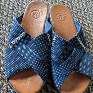 Johnston & Murphy Navy Blue Leather Slides 7M EUC